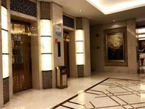 高级电梯间