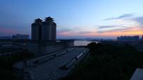 中南民族大学的仲夏夜
