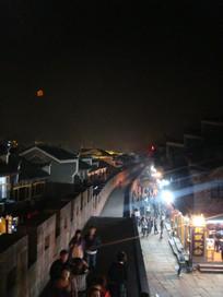 凤凰古城城墙夜景