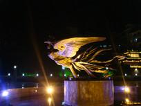 凤凰古城凤凰雕像
