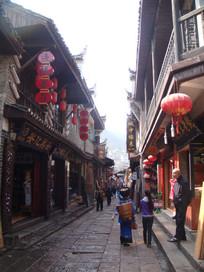 凤凰古城街边拍摄