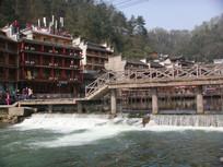 凤凰古城水坝拍摄