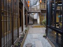 木屋庭院走廊
