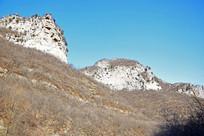 山顶的岩石