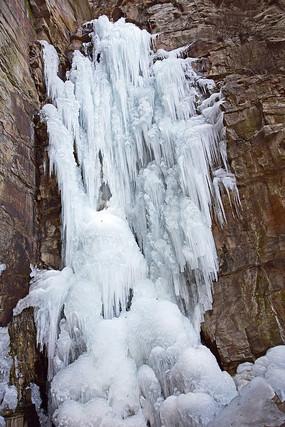 岩石冰瀑美景
