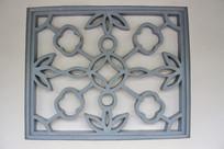 雕兰花菱形文化窗