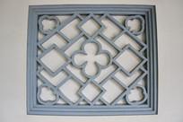 雕菱形梅花文化窗