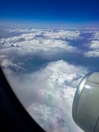 高空云层飞机舱外云层