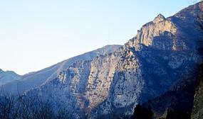 山体断崖摄影图
