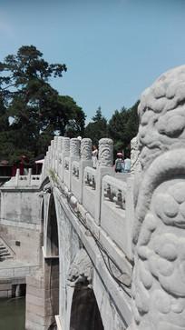 石拱桥雕刻