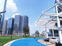 贵阳兰花广场蓝色步道和高楼
