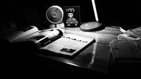 书桌上的学习工具