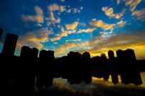 傍晚的南湖湖边景色