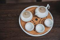 茶盘茶杯茶壶