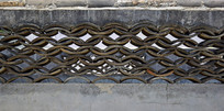 老式网片镂空围墙设计