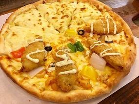 海鲜拼榴莲披萨