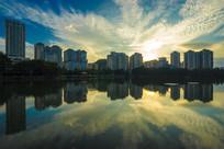 惠州南湖边的建筑群