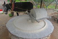 传统工艺驴磨面