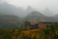 太行大山里的村庄