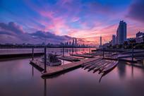 晚霞游船码头港口