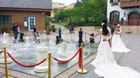新人在博罗哈施塔特拍婚纱照