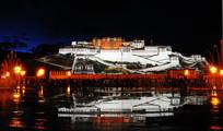 布达拉宫夜色