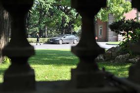 老别墅的阳台景观
