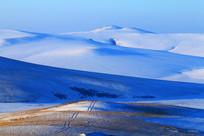 呼伦贝尔草原山地雪韵