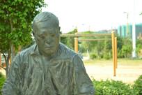厦门五缘湾的人物雕塑