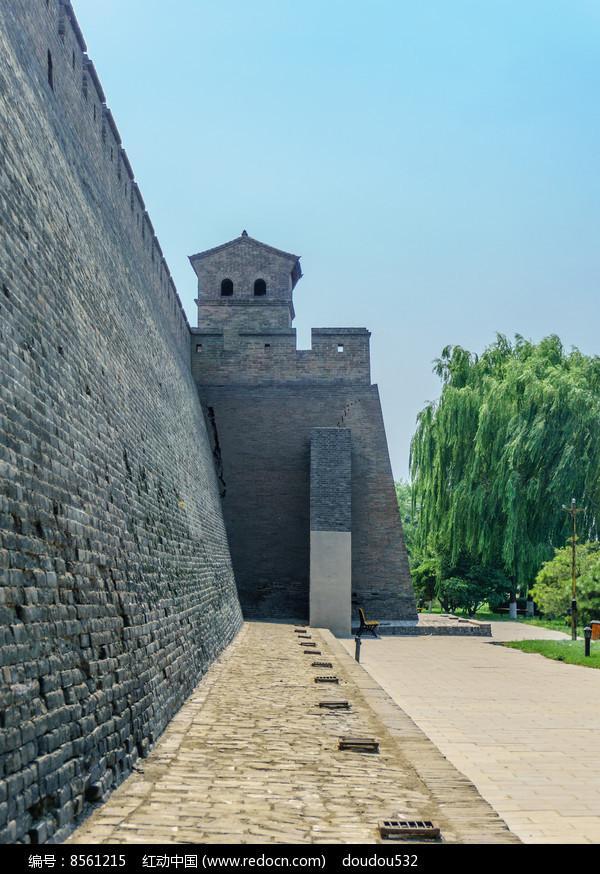 山西平遥古城墙图片