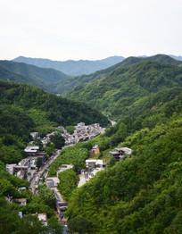 大山里的新农村建设