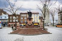 雕塑纪念碑休闲广场