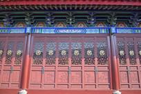 古建筑的木雕门窗