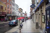 行人车辆店铺欧洲街道