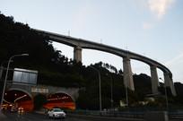 贵阳黔春隧道与高架桥