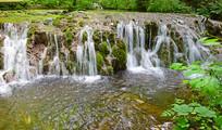 魅力河道瀑布景观图