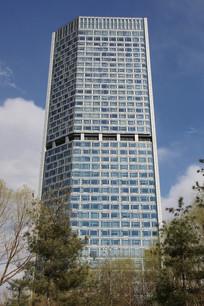 玻璃幕墙的高层大楼