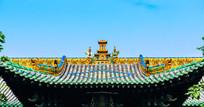 平遥神庙屋脊的雕塑