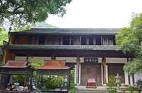 古朴的寺院建筑