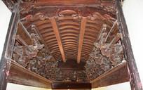 寺庙建筑上的木雕斗拱
