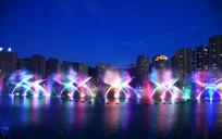 长沙梅西湖彩色音乐喷泉摄影图