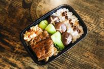 大骨头米饭套餐美食图片
