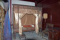 古代卧室中的架子床