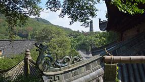 寺院建筑上的龙纹雕饰