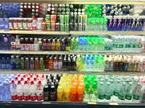 超市饮料区