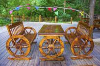 车轮腿木桌木椅