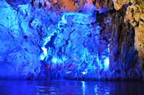 宽阔的龙宫水洞洞厅
