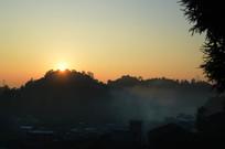 山村早晨的阳光