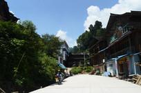 蓝天下的胜利侗寨街道