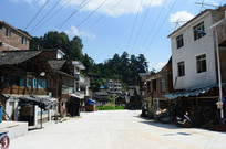 胜利侗寨整洁的街道